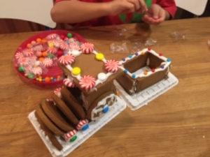 お菓子の列車2